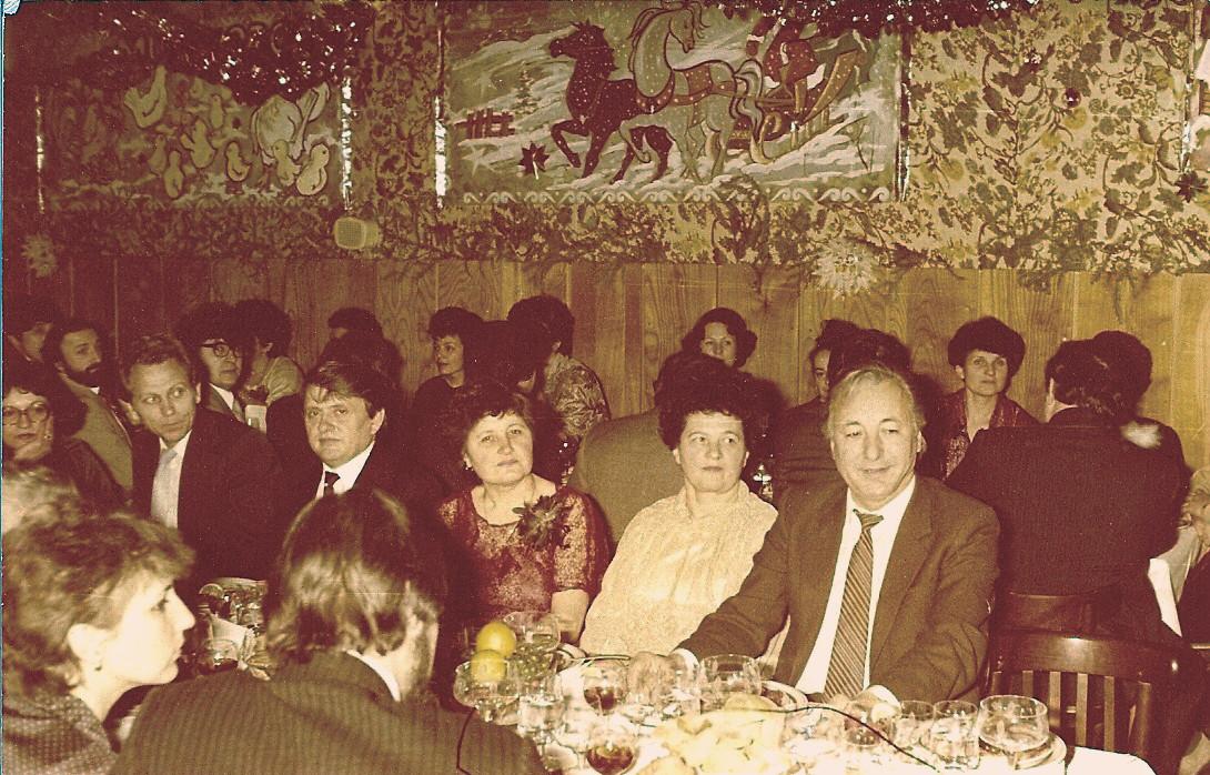 Revelion în anii '80, la restaurant